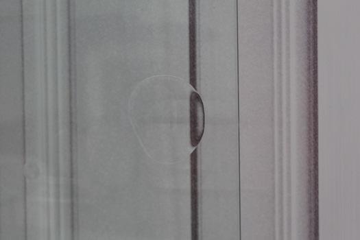 BABYLON A.D. 2016, jardins minéraux, bois, contreplaqué, carrelage, pierres d'ornement, bois flottés, graviers, portes en verre et impressions sur toiles non tissées, éclairages, résine et vernis sur verre. Dimensions variables. Dans le cadre de l'exposition personnelle Slide Like An Egytian à l'Appartement / Galerie Interface, Dijon.